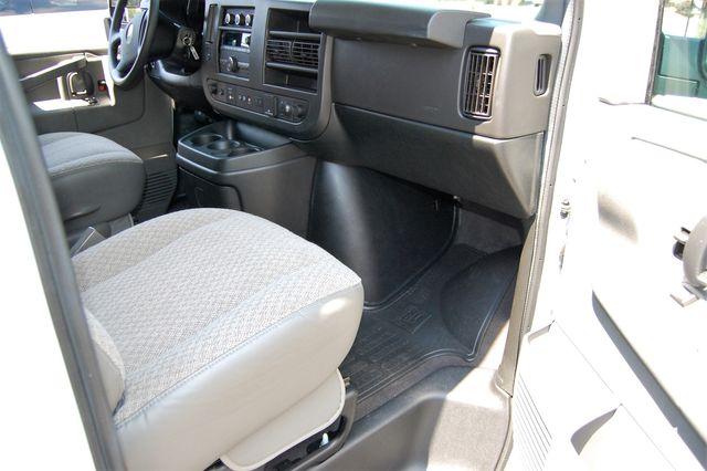 2019 Chevrolet 12 Pass. LT Charlotte, North Carolina 6