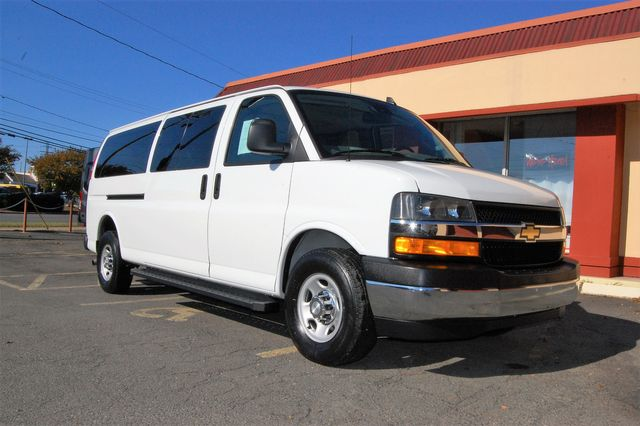 2019 Chevrolet 12 Pass. LT Charlotte, North Carolina 1