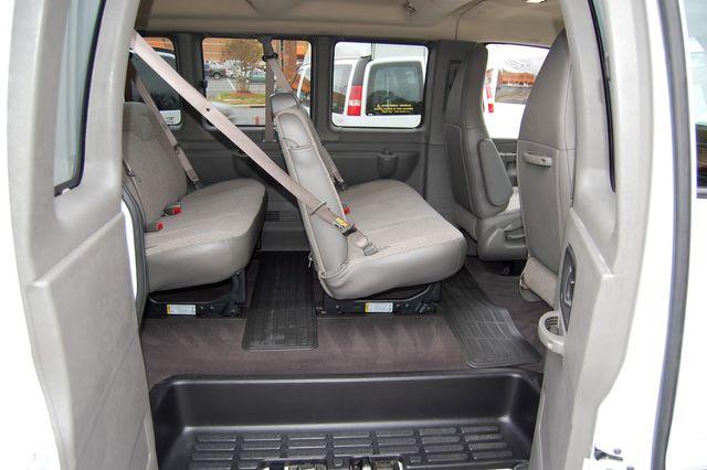2019 Chevrolet 15 Pass. LT Charlotte, North Carolina 8
