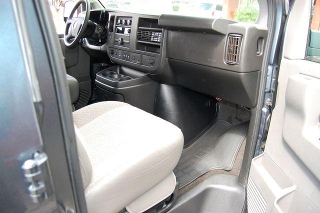 2019 Chevrolet 15 Pass. LT Charlotte, North Carolina 6