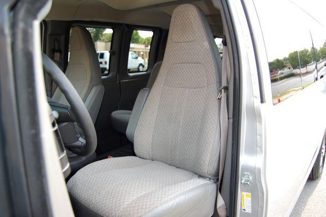 2019 Chevrolet 15 Pass. LT Charlotte, North Carolina 5