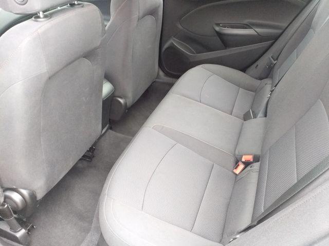 2019 Chevrolet Cruze Houston, Mississippi 8