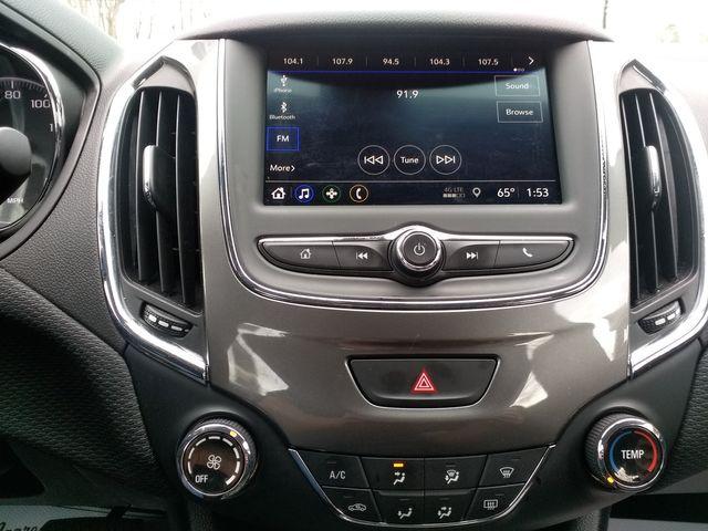 2019 Chevrolet Cruze Houston, Mississippi 11