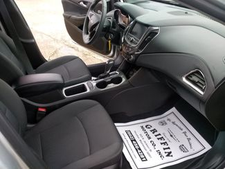 2019 Chevrolet Cruze LT Houston, Mississippi 8