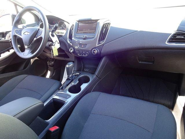 2019 Chevrolet Cruze LS Madison, NC 33