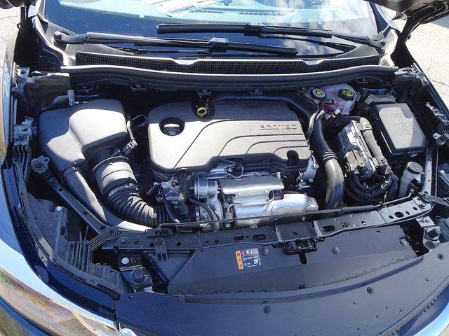 2019 Chevrolet Cruze LT Madison, NC 41