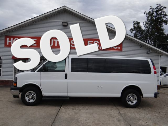 2019 Chevrolet Express Passenger LT in Paragould, Arkansas 72450