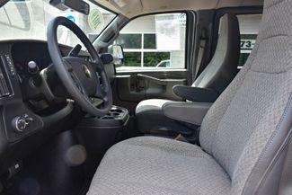 2019 Chevrolet Express Passenger LS Waterbury, Connecticut 10