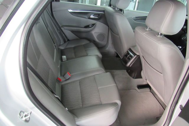 2019 Chevrolet Impala LT W/ BACK UP CAM Chicago, Illinois 15