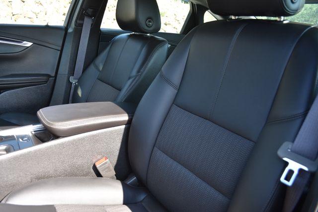 2019 Chevrolet Impala LT Naugatuck, Connecticut 17