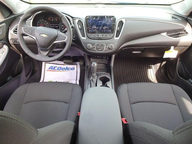 2019 Chevrolet Malibu RS Madison, NC 32