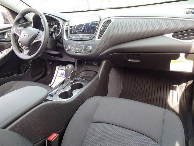 2019 Chevrolet Malibu RS Madison, NC 34