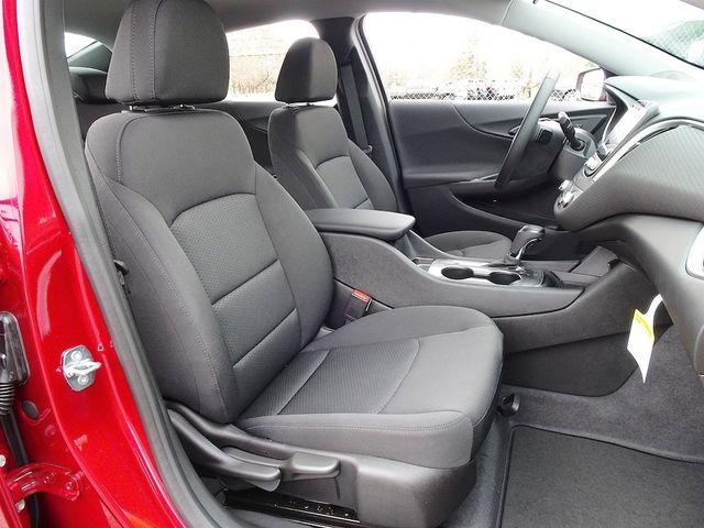 2019 Chevrolet Malibu RS Madison, NC 41