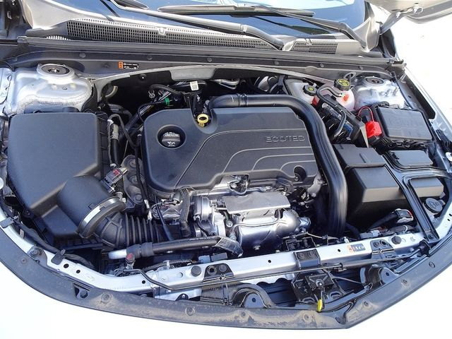 2019 Chevrolet Malibu LS Madison, NC 40