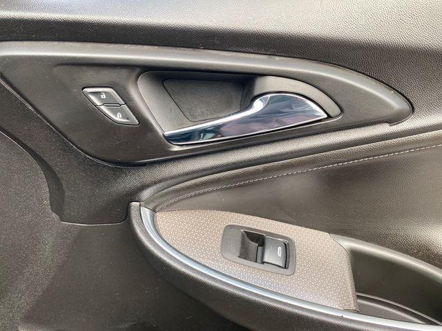 2019 Chevrolet Malibu Hybrid Madison, NC 15