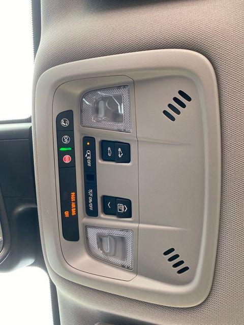 2019 Chevrolet Malibu Hybrid Madison, NC 36