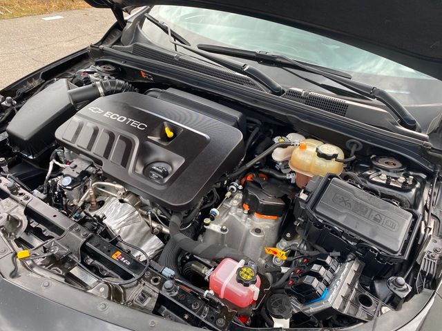 2019 Chevrolet Malibu Hybrid Madison, NC 41
