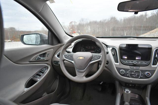 2019 Chevrolet Malibu LS Naugatuck, Connecticut 15