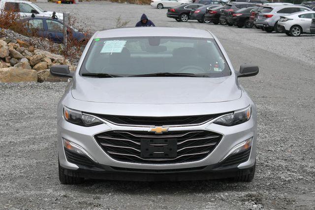 2019 Chevrolet Malibu LS Naugatuck, Connecticut 7