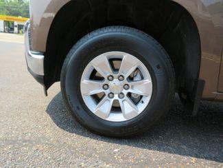 2019 Chevrolet Silverado 1500 LT Batesville, Mississippi 17