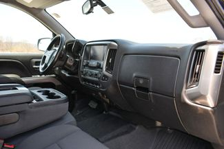 2019 Chevrolet Silverado 1500 LD LT 4WD Naugatuck, Connecticut 11
