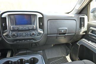 2019 Chevrolet Silverado 1500 LD LT 4WD Naugatuck, Connecticut 19