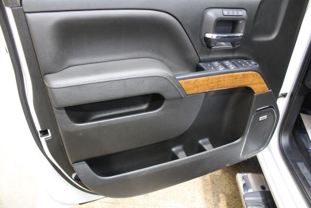 2019 Chevrolet Silverado 2500HD 4x4 Diesel High Country in Roscoe, IL 61073