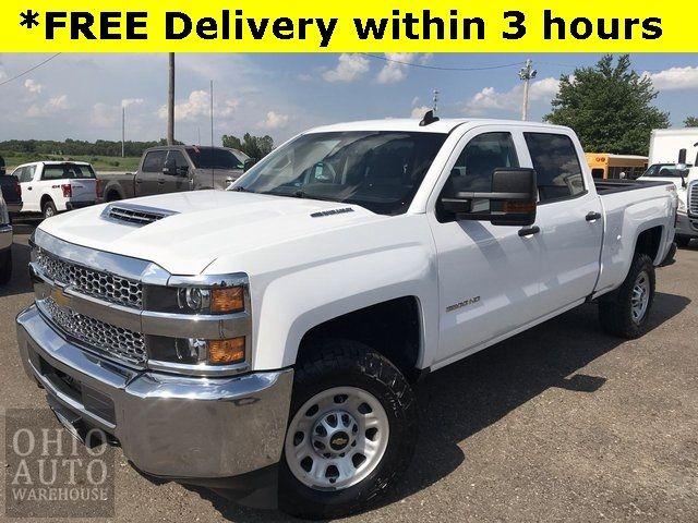 2019 Chevrolet Silverado 3500HD 1 Ton Crew 4x4 Duramax DIESEL 1-Own We Finance