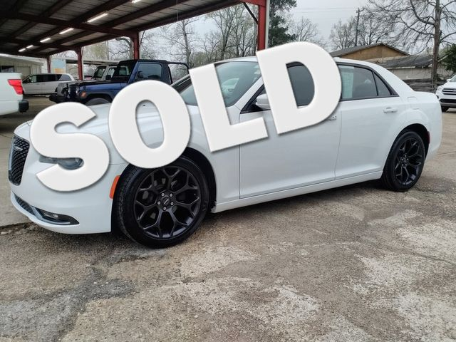 2019 Chrysler 300 300S Houston, Mississippi 0