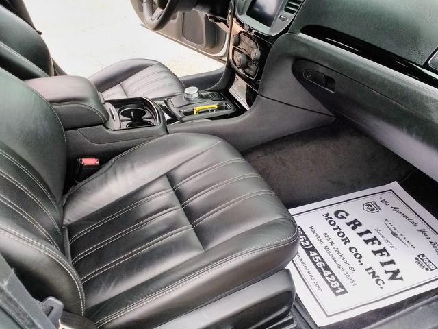 2019 Chrysler 300 300S Houston, Mississippi 9