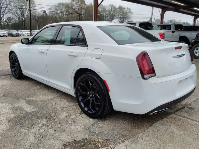 2019 Chrysler 300 300S Houston, Mississippi 5