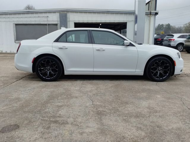 2019 Chrysler 300 300S Houston, Mississippi 2