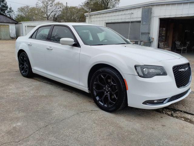 2019 Chrysler 300 300S Houston, Mississippi 1