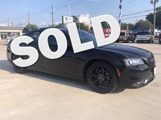 2019 Chrysler 300 300S  city Louisiana  Billy Navarre Certified  in Lake Charles, Louisiana