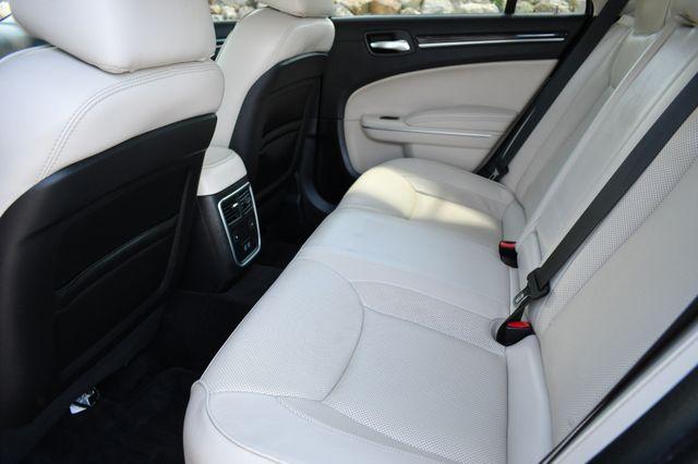2019 Chrysler 300 Limited Naugatuck, Connecticut 12