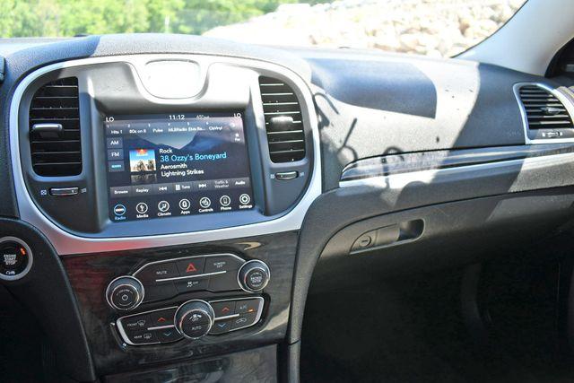 2019 Chrysler 300 Limited Naugatuck, Connecticut 17