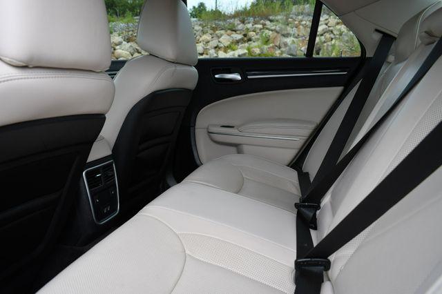 2019 Chrysler 300 Limited Naugatuck, Connecticut 11
