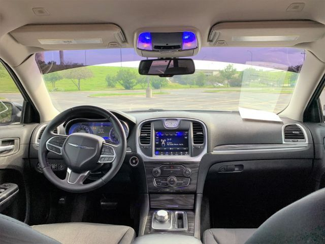 2019 Chrysler 300 Touring in San Antonio, TX 78233