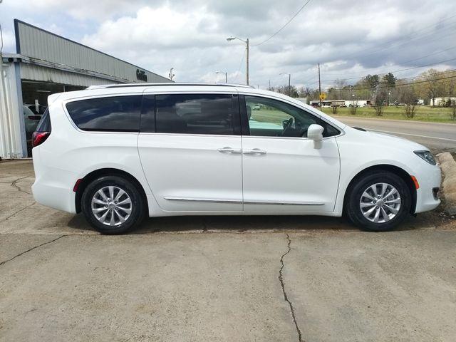 2019 Chrysler Pacifica Touring L Houston, Mississippi 2