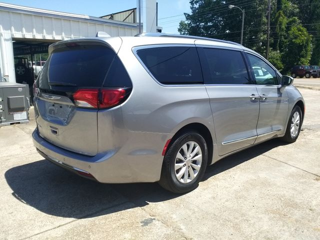 2019 Chrysler Pacifica Touring L Houston, Mississippi 3