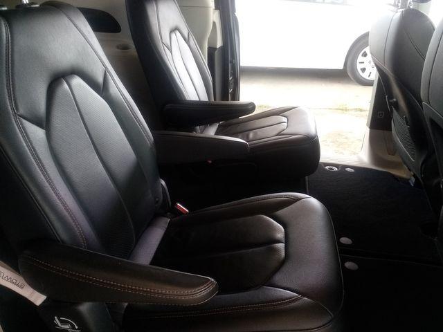 2019 Chrysler Pacifica Touring L Houston, Mississippi 10