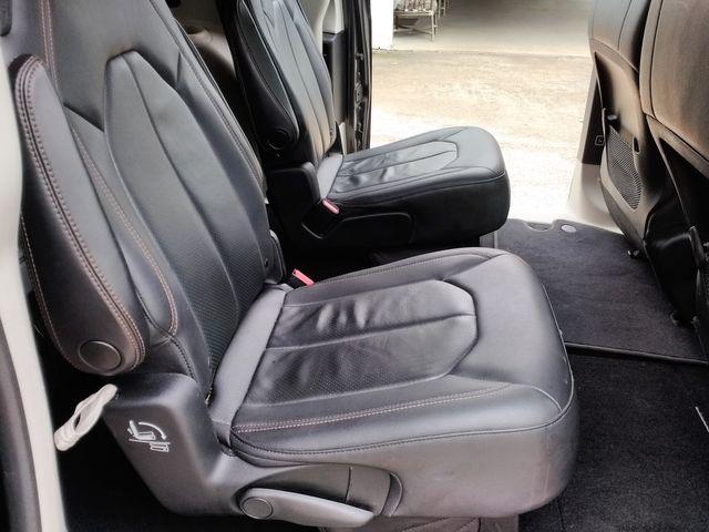 2019 Chrysler Pacifica Touring L Houston, Mississippi 9