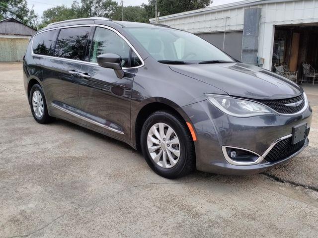 2019 Chrysler Pacifica Touring L Houston, Mississippi 1