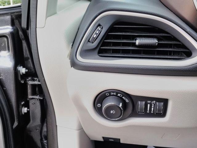 2019 Chrysler Pacifica Touring L Houston, Mississippi 24
