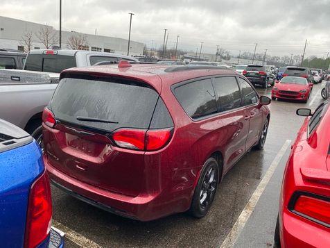 2019 Chrysler Pacifica Touring L | Huntsville, Alabama | Landers Mclarty DCJ & Subaru in Huntsville, Alabama