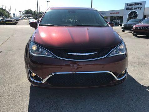 2019 Chrysler Pacifica Touring Plus   Huntsville, Alabama   Landers Mclarty DCJ & Subaru in Huntsville, Alabama