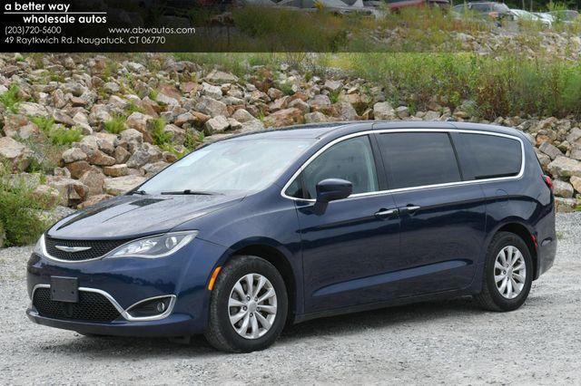 2019 Chrysler Pacifica Touring Plus Naugatuck, Connecticut