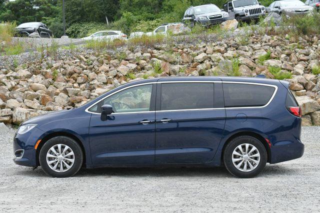 2019 Chrysler Pacifica Touring Plus Naugatuck, Connecticut 3