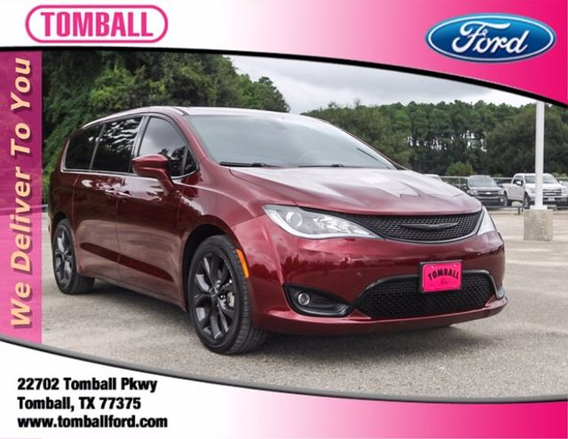2019 Chrysler Pacifica Touring Plus in Tomball, TX 77375