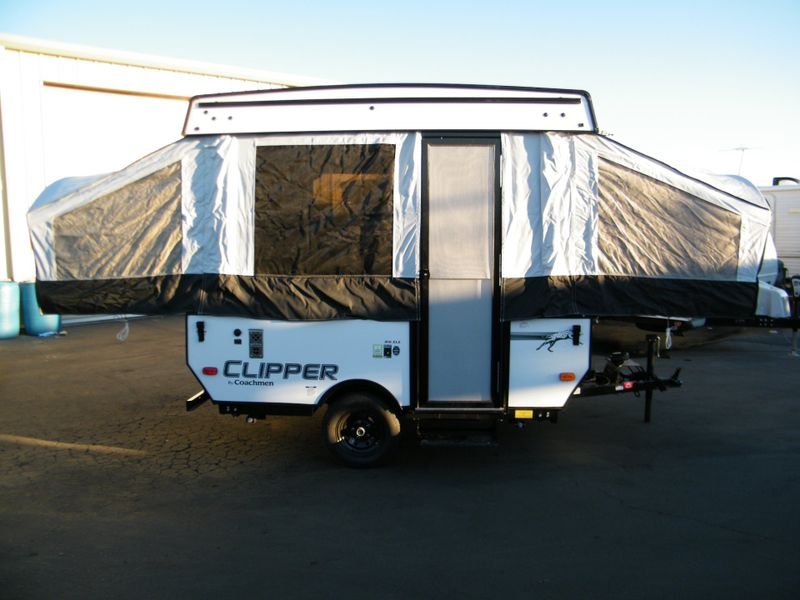 2019 Clipper 806XLS  in Surprise AZ